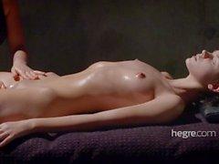 Ariel Erotisk Mud Massage