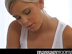 Massage voorspel en orgasme voor zoete tiener