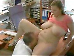Fodendo minha excitada de gordura Garotas Married o secretário no escritório