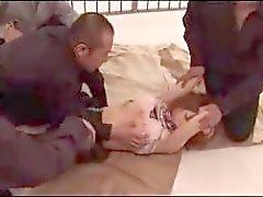 Blondit Girl With Sidotut varsia Sukkahousut Getting hänen pillua Fingered nuoli munaa Jail