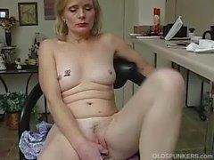 Iäkkäämpi amatööri ei orgasmi