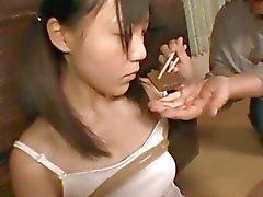 Bizarren Fetisch mit einer dichten Mädchen