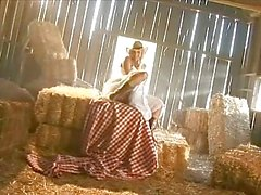 Cocky cowgirl Bree Olson gets a flange filling from a horny western wankstick