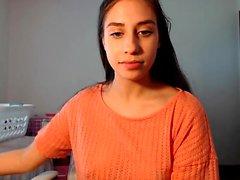 Brunette gordinha adolescente amador joga na câmara web