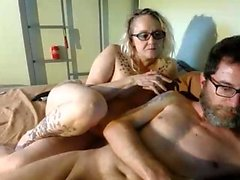 Amateur mature couple blowjob