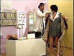 Hongaarse Zwanger MILF door de dokter