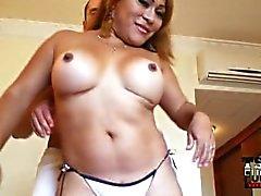 Esseulé du Mexique Tonya se fait baiser la TSFucker