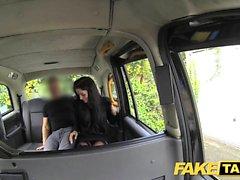 bailarina Morena taxi falso del club trabaja su magia