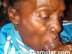 Musta Granny Head