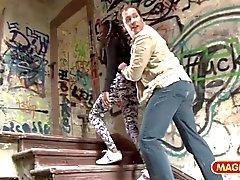 MAGMA Alemana de Cine Ebano recogió en la Stati de autobús