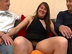 Милф Кассандра задницу впереди ее бойфренд