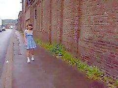 Tyska Schoolgirl Outdoor Av TROC