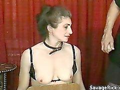 Perverso con suocera rappresenta schiava del sesso di bizzarro legame part1