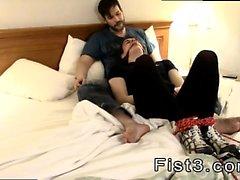 Fisting movietures jugendlich junge jungen Homosexuell bestrafte durch Kitzeln
