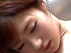 Söpöläinen japanilainen seksiä ja vartalohieronta on HOTSPRING