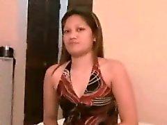 Филиппинка Любительское Blows туристом она только что встретились