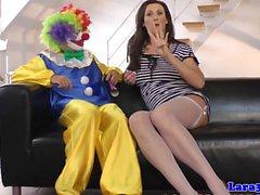 Britische Strümpfe Milf Cockriding Clown