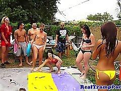 Реальный вечеринками любящий подростков сосание хуи