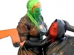Maske Puppen spielen 2