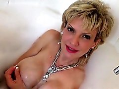 Adulterous british milf lady sonia displays her large natura
