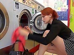 Ranska redhead huora peräaukon nussii LAV - O-Matic