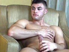 Мышцы гей оральный секс с лица
