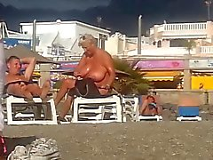 spiaggia Donne Grosse e Belle