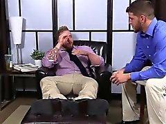Волосатый Аароном страдаете херней свой член в качестве Маршалл пьёт что пальцы ног