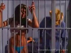 Hot Latina выебанная в тюрьме
