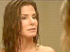 Sandra Bullock ja Chelsea Handler Naked Suihku