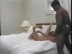 La femme du l'homme interraciales baise Le mari