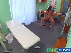 FakeHospital парой ебет во пустой офис врачами
