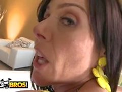 BANGBROS - Big Ass White MILF Kendra Lust Går Hennes Fitta Smashed