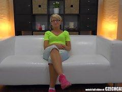 Legendary White Couch - Due in una Riga