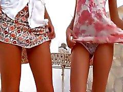 Twee Duitse chicks naakt buiten
