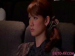 Asyalı gençlik porno Nina sinemadaki Adamı wanks