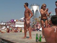 Chicos heteroların desnudos en la playa plaj çıplak düz adamlar