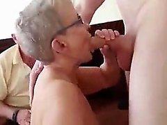 Teen amatuer dan HD onu kıç parmak sonra Pov oral seks