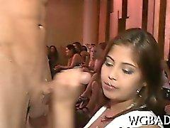 Populär Party Babes Video Clips