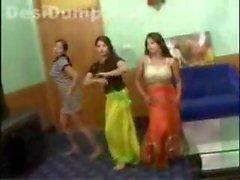 пакистанская подростки танцевали