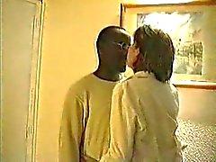 Cocu - Drei schwarze Dudes sich einem reif für Sex