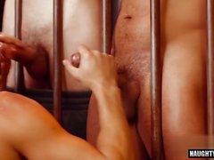 trio gay latino con video facciale