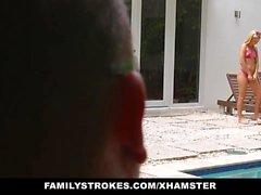 FamilyStrokes - Cute Teen Blonde tira cugina e zio