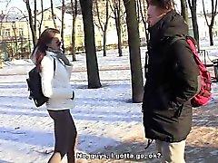traviesos - hotties de - atornillar una chica caliente en una piscina pública