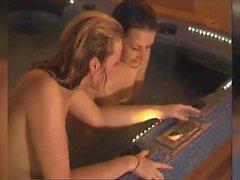 İngiliz Sauna ve Jakuzi Milfs 01