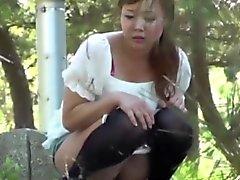 Japonaise faisant pipi attraper ho