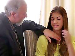 Rita'nın Öğretmen bir azgın yaşlı adamdır böylece o Ona lick sağlar