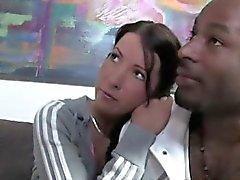 Liike nainen wanna meet tyttärilleen uusi musta poikaystäväni