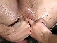 Video seks gey erkek oğlan ve erkek pantolon seks photo Sling Sex For