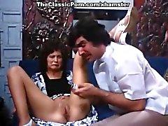 Linda Lovelace , Harry'nin Reems , klasik bir pornoda gördüğünüz Dolly keskin